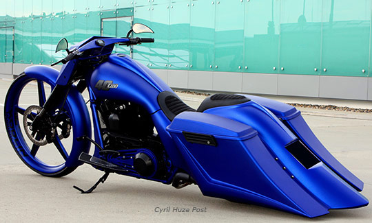 blue 40 two never a custom harley bagger looked so clean at cyril