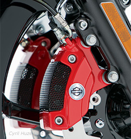 New Harley-Davidson Red Brake Calipers To Make A Bold And