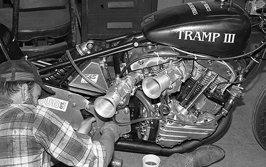 9Tramp-III-with-dual-carb-shovelhead-'Funny-Motor'---1983