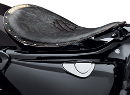 Harley-Davidson New Bobber Solo Seat Reaches A New Low at Cyril Huze