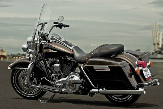 New 2013 CVO Road King. First Road King With Factory-Installed Audio ...