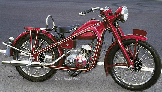 HondaDream_D-1949
