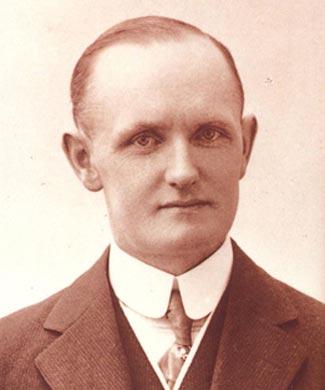 in memoriam of walter davidson (1876-1942) at cyril huze post
