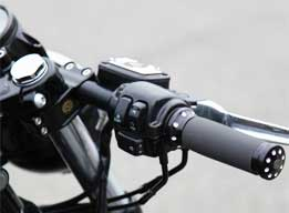 cafe racer style 39 mm clip-on bars at cyril huze post – custom